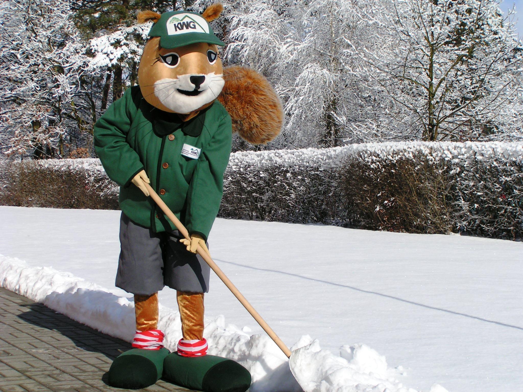 Weihnachtsgrüße Mieter.Vorsicht Bei Schnee Und Eis Streu Und Räumpflichten Für Mieter